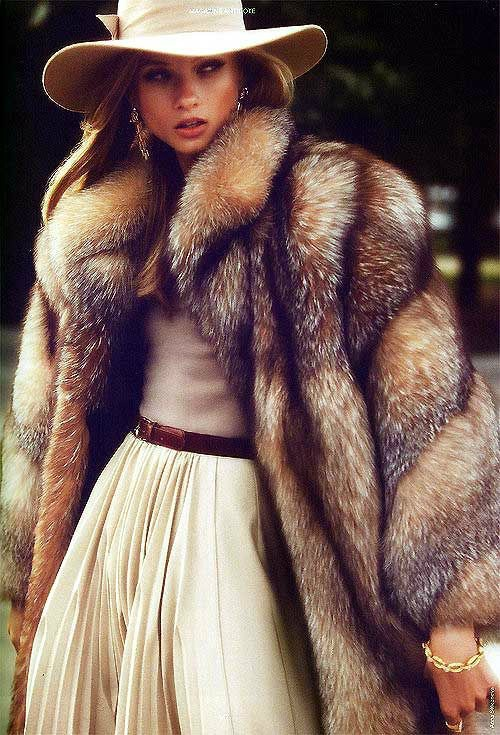 what to wear to the races in winter