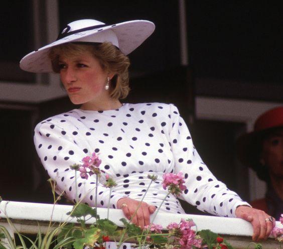 celebrities at the races. Princess Diana